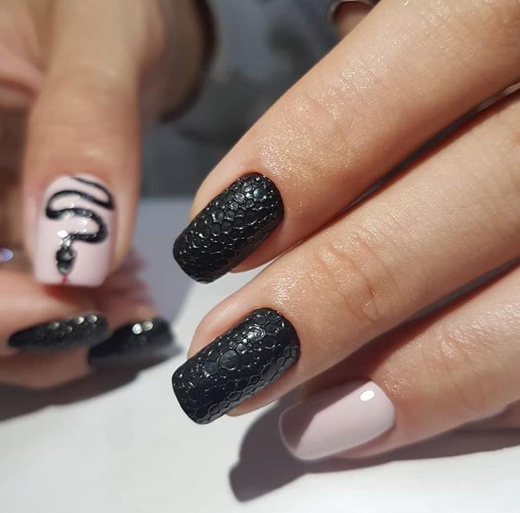пузырьки на ногтях фото 62