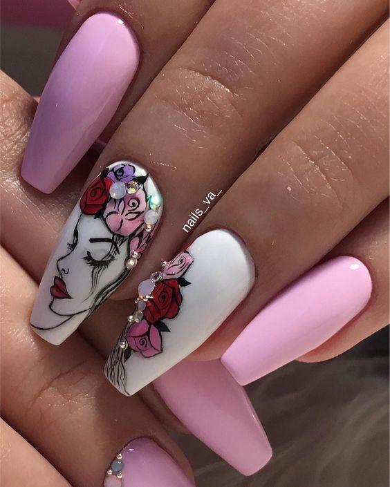 Девушка на ногтях фото 59