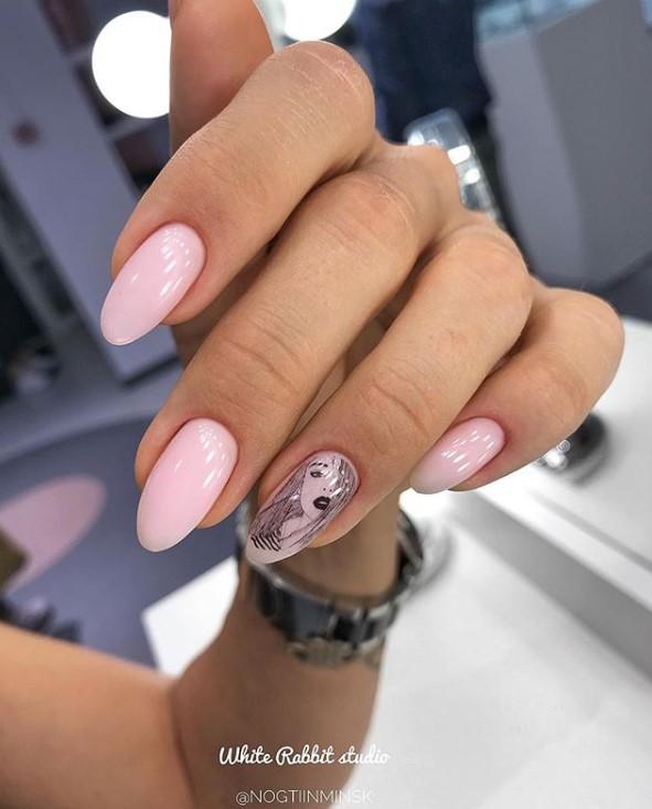 Девушка на ногтях фото 55
