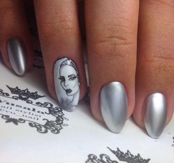 Девушка на ногтях фото 22