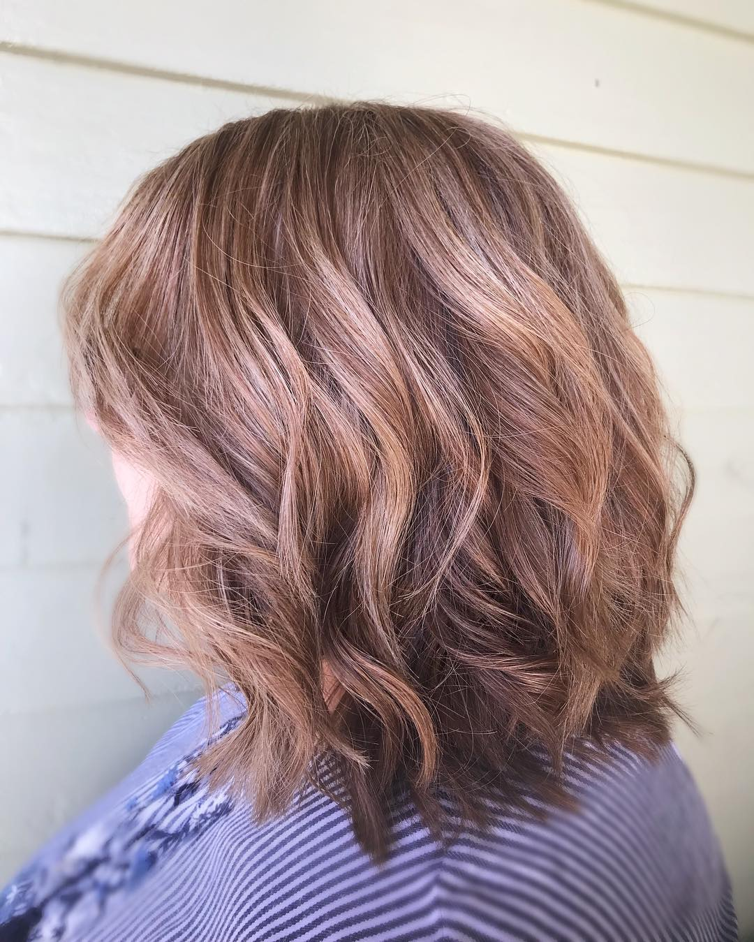 Стрижки после 60 лет на средние волосы 2020 фото 6