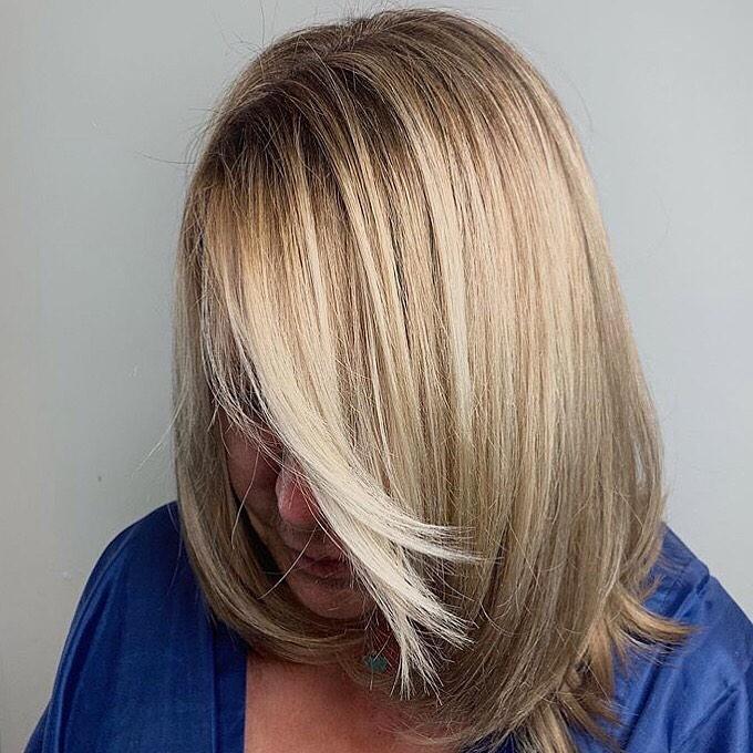 Стрижки после 60 лет на средние волосы 2020 фото 3