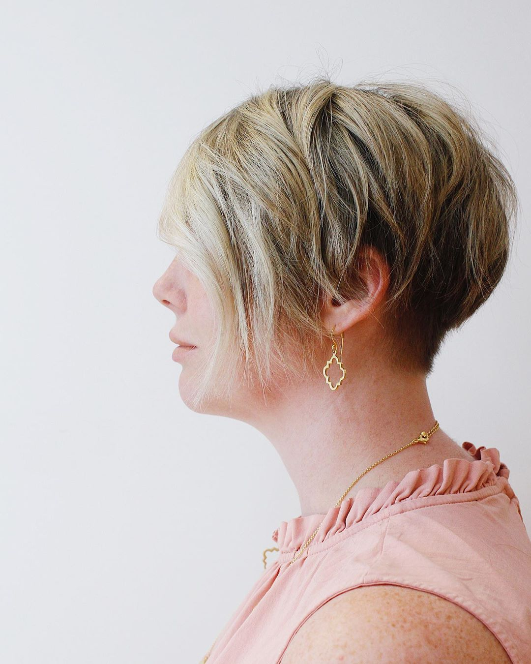 стрижка для женщин после 50 лет фото 19