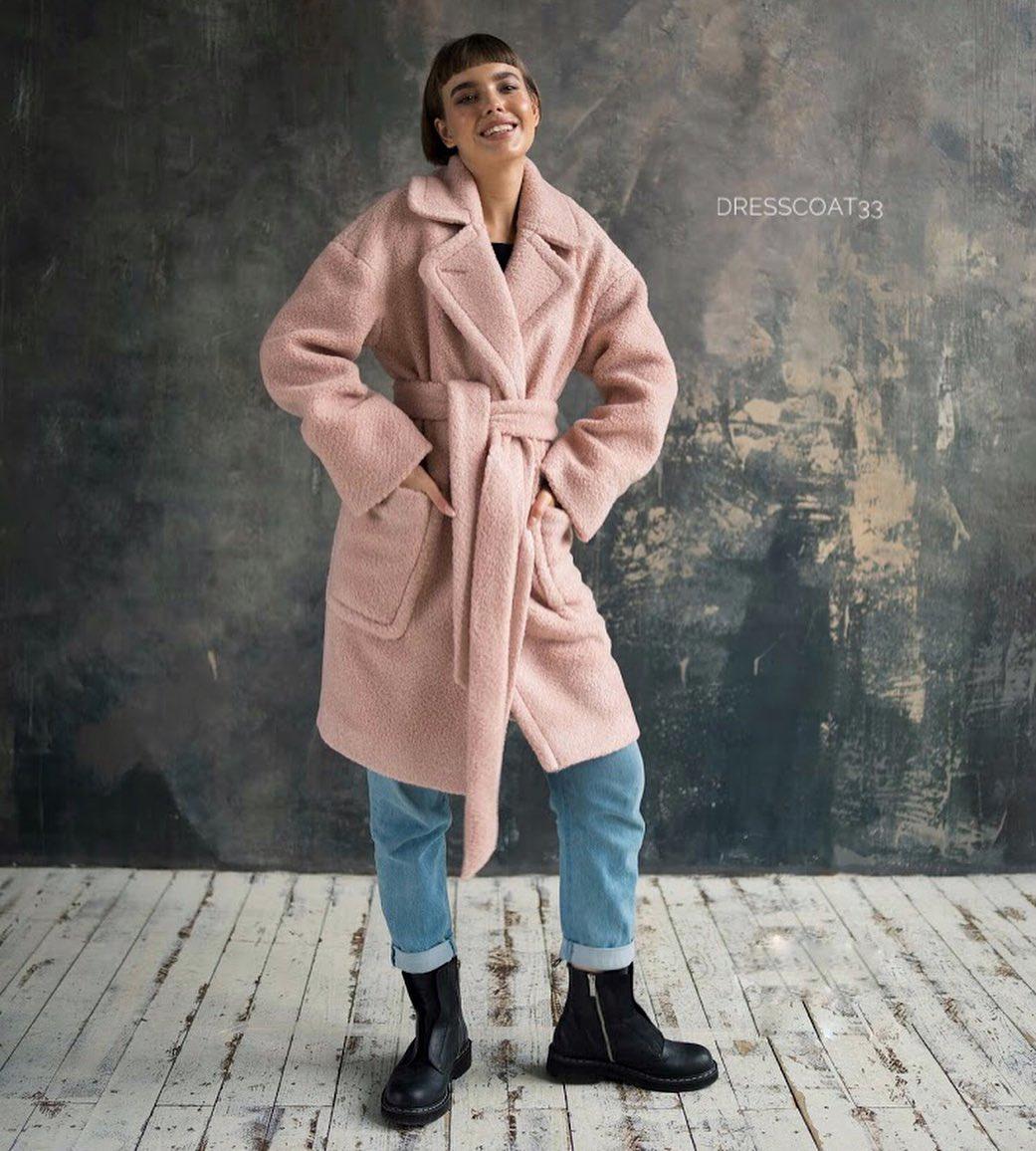 с чем носить пудровое пальто фото 3