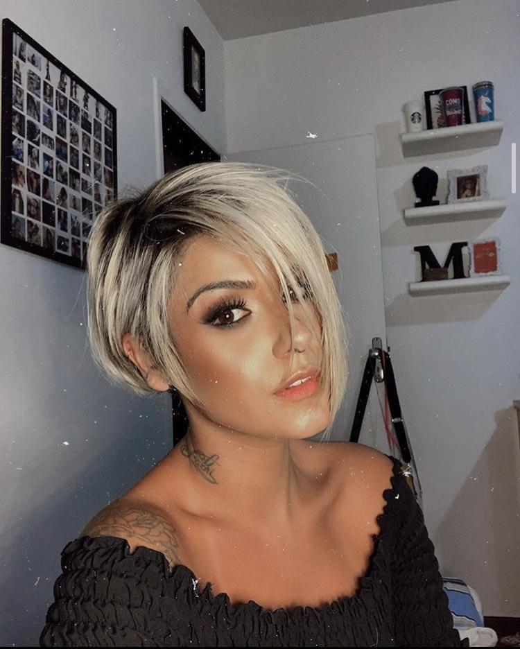светлые стрижки на короткие волосы 2020 фото 4