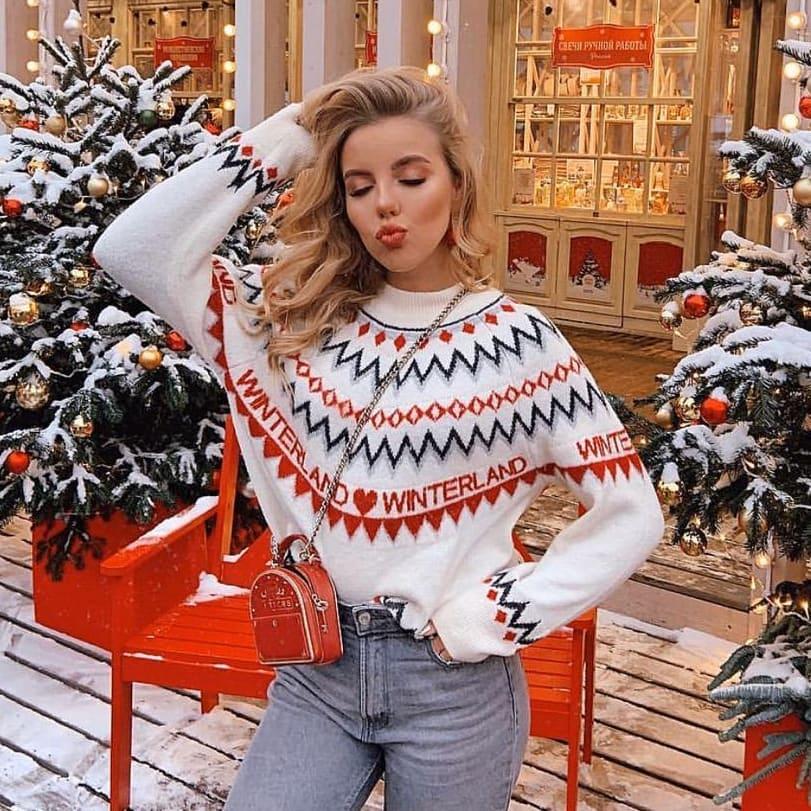 Новогодние свитера фото 14