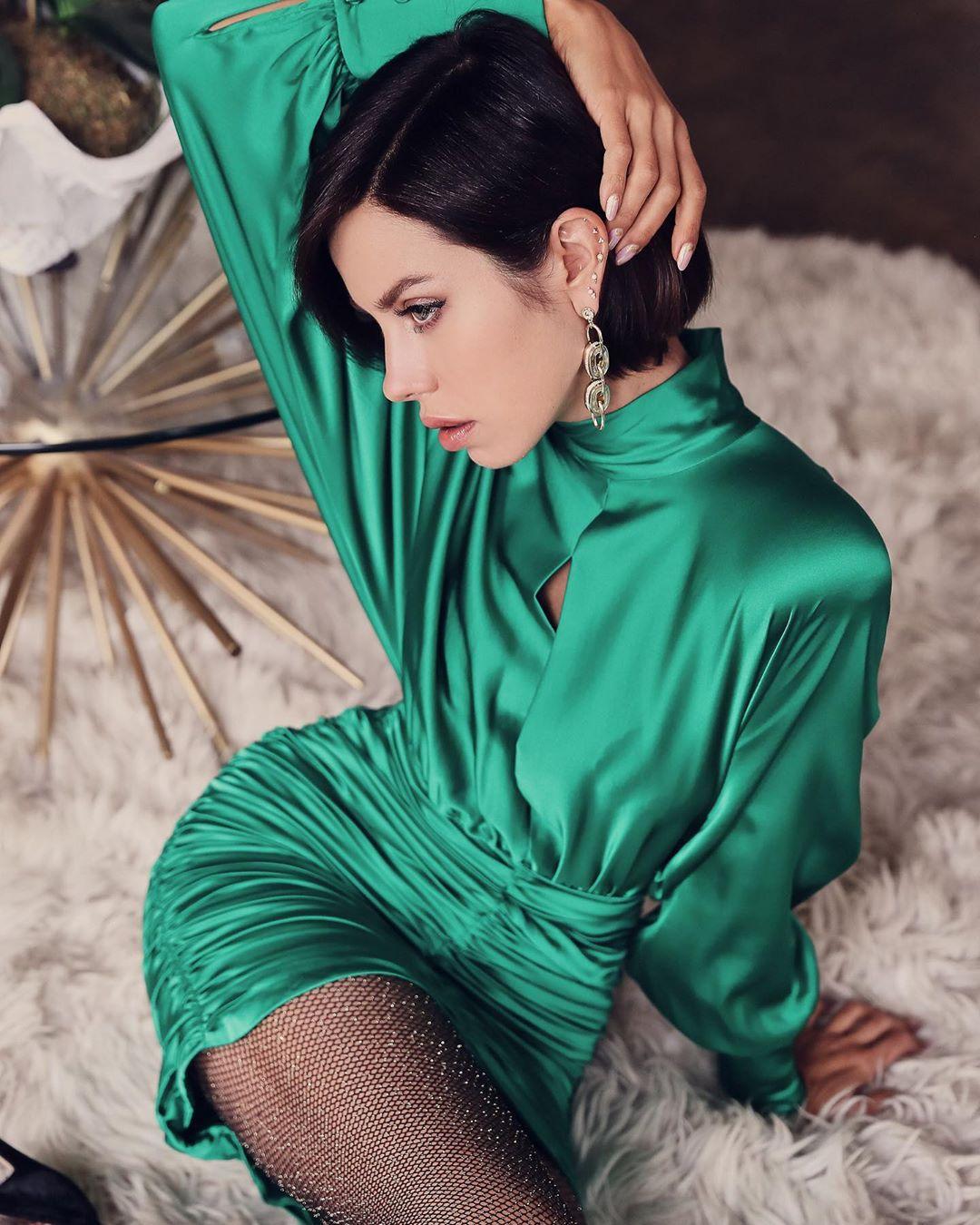 цельнокроеное платье фото 7