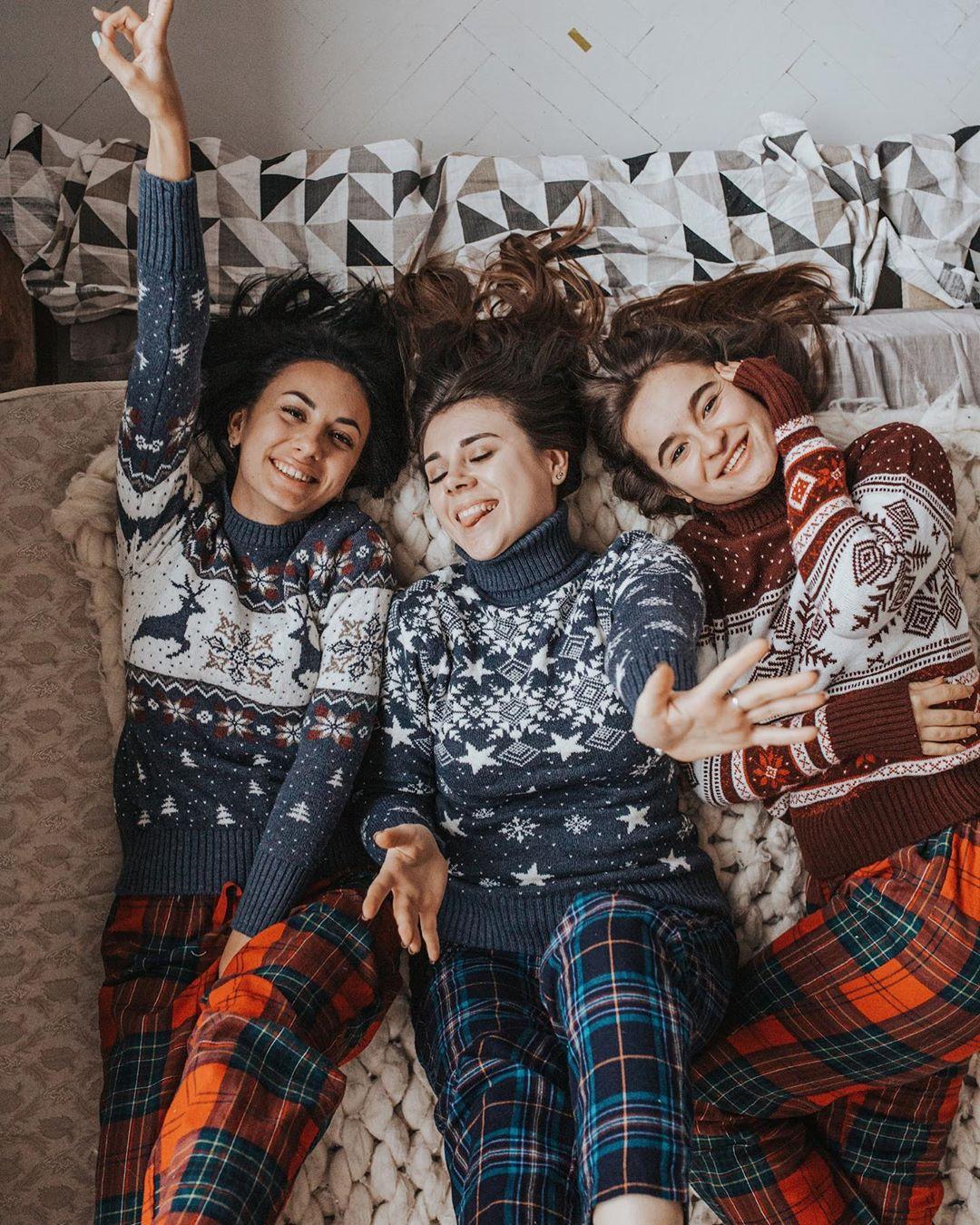 Новогодние свитера фото 8