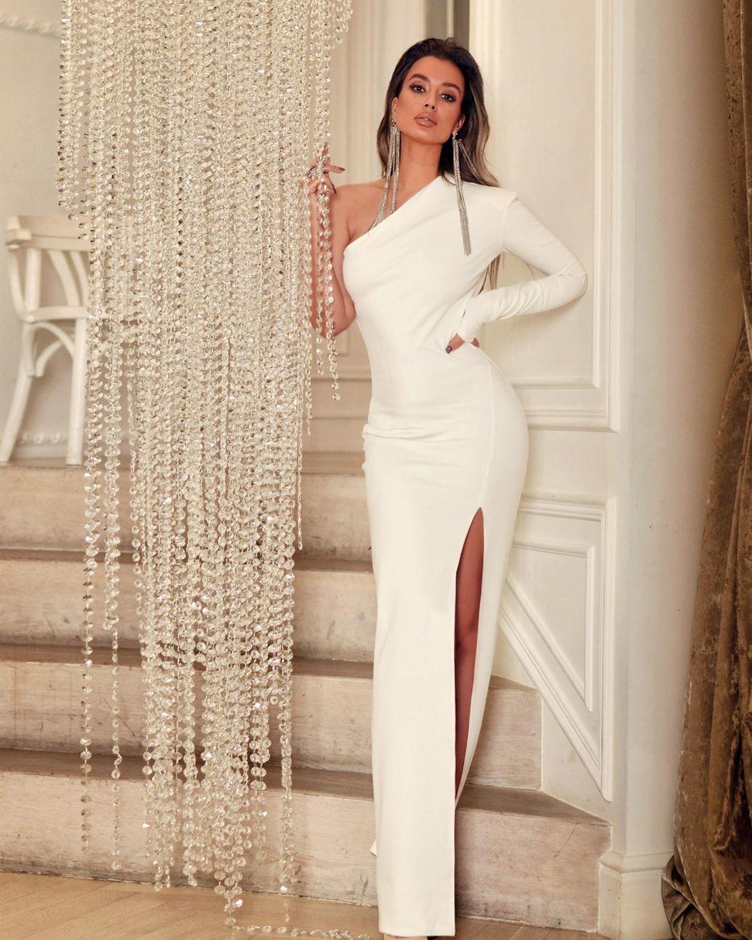 Самые красивые новогодние платья 2020 фото 12