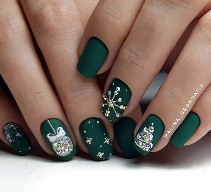 снежинки на ногтях фото 4