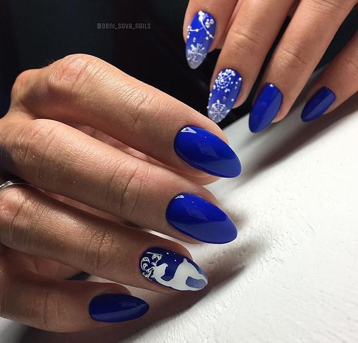 снежинки на ногтях фото 6