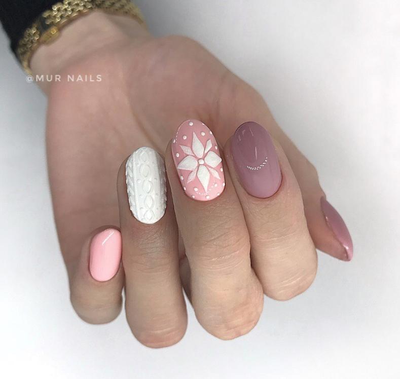 снежинки на ногтях фото 19