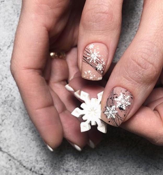 снежинки на ногтях фото 29