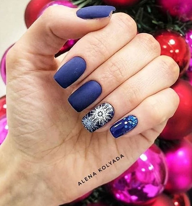 снежинки на ногтях фото 35