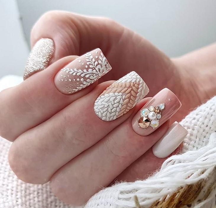 снежинки на ногтях фото 39