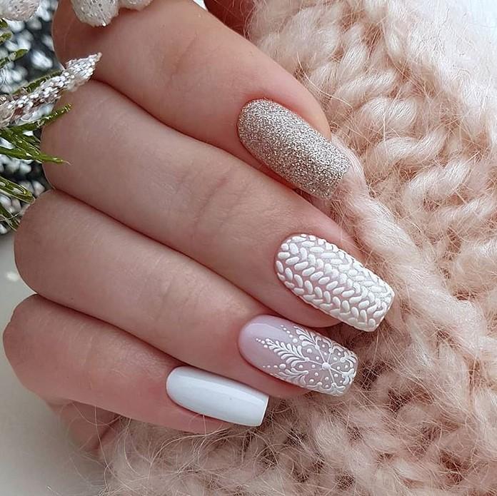снежинки на ногтях фото 40