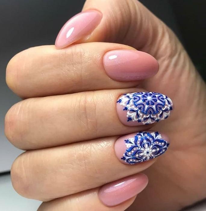 снежинки на ногтях фото 41