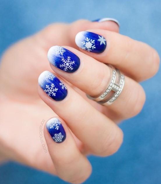 снежинки на ногтях фото 45