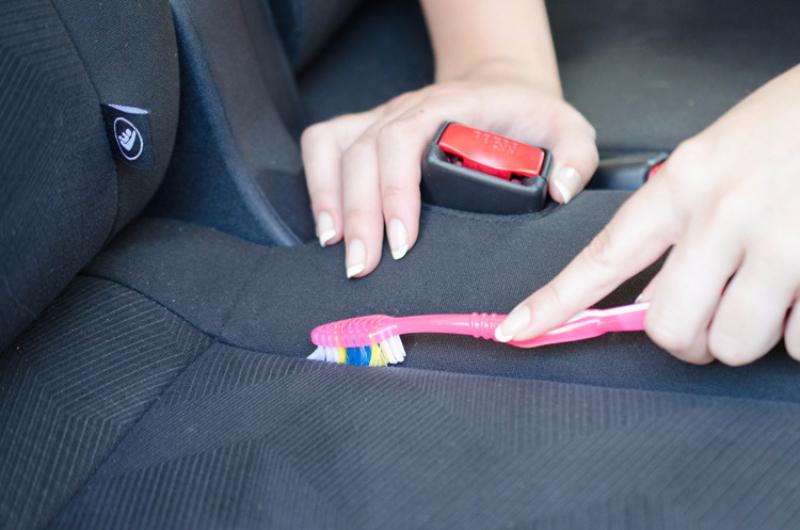 Как быстро и эффективно очистить вашу машину фото 3