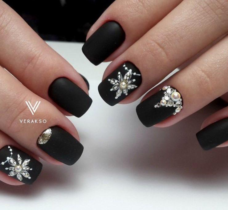снежинки на ногтях фото 47
