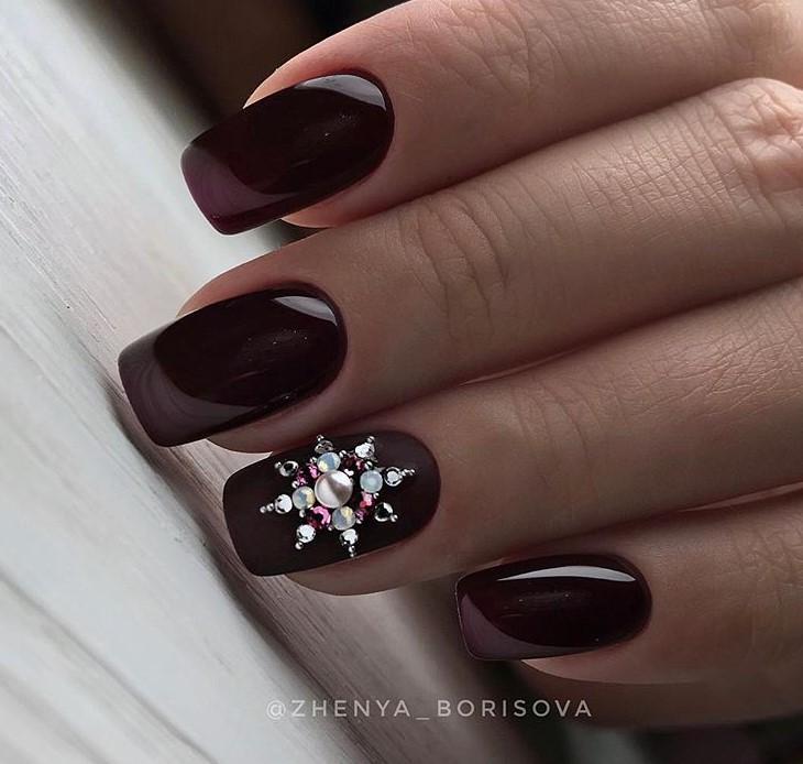 снежинки на ногтях фото 48