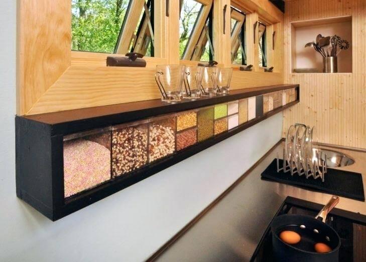 изобретательные идеи организации стола на кухне фото 15