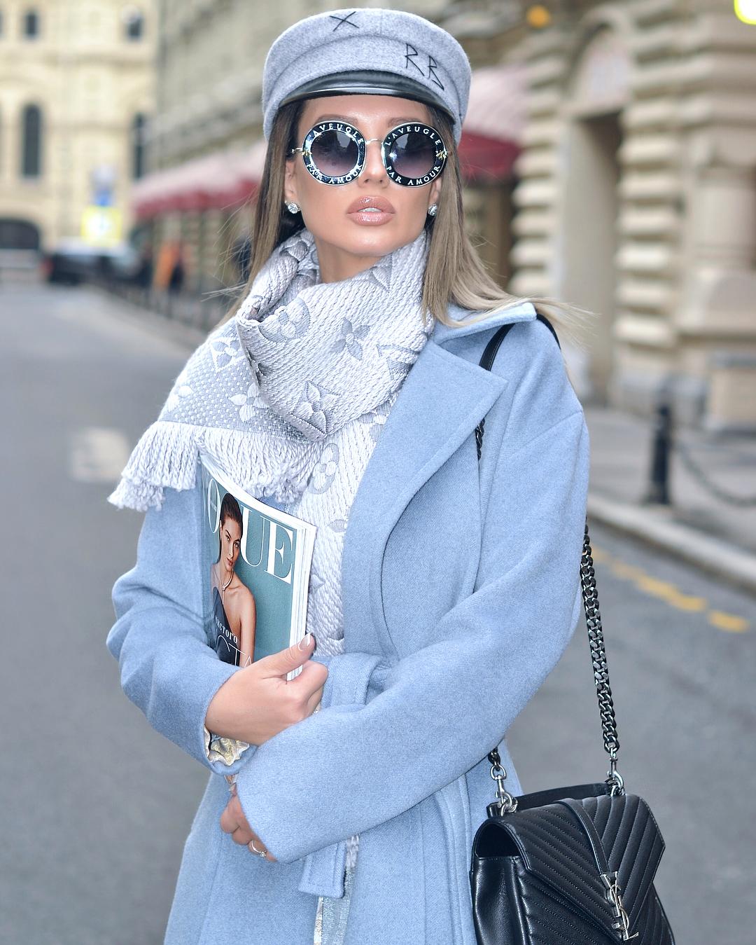 Голубое пальто фото 17