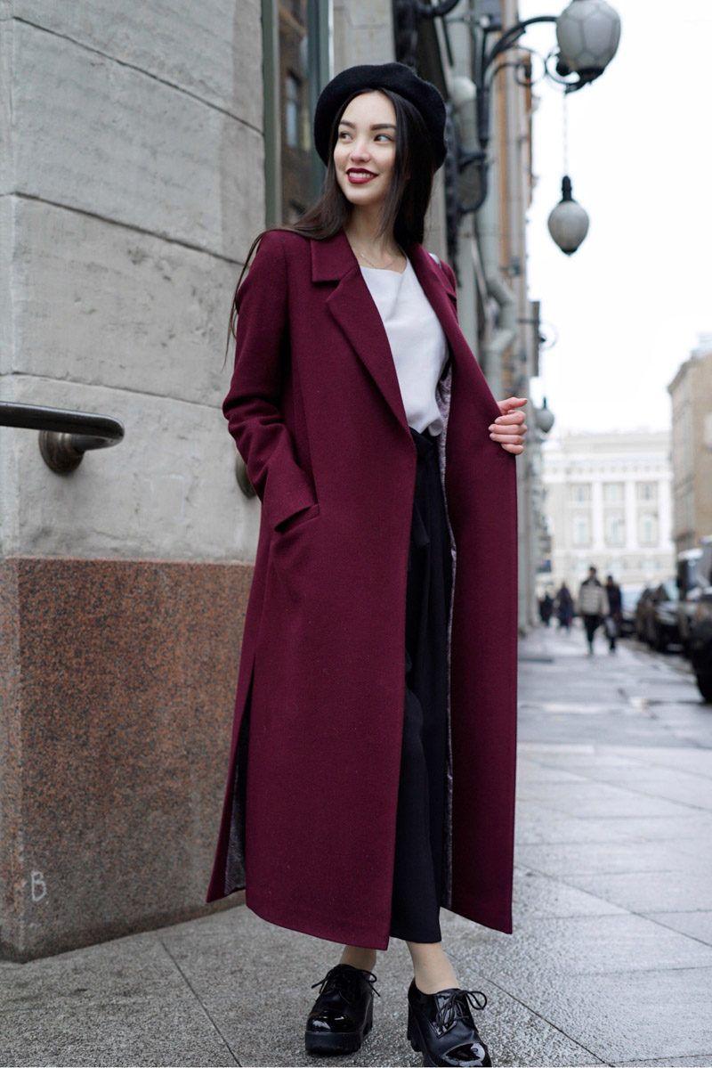 Бордовое пальто фото 10