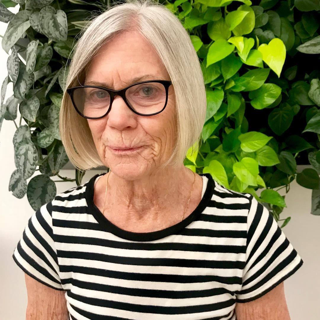 Короткие стрижки для женщин после 60 лет фото 7