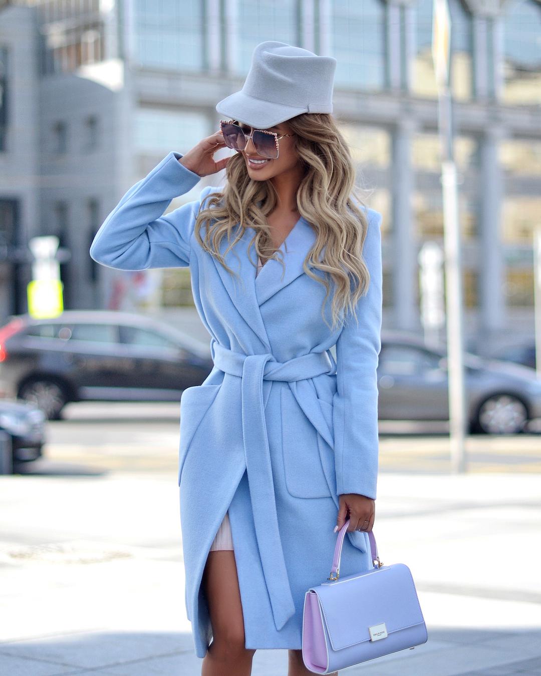 Голубое пальто фото 18