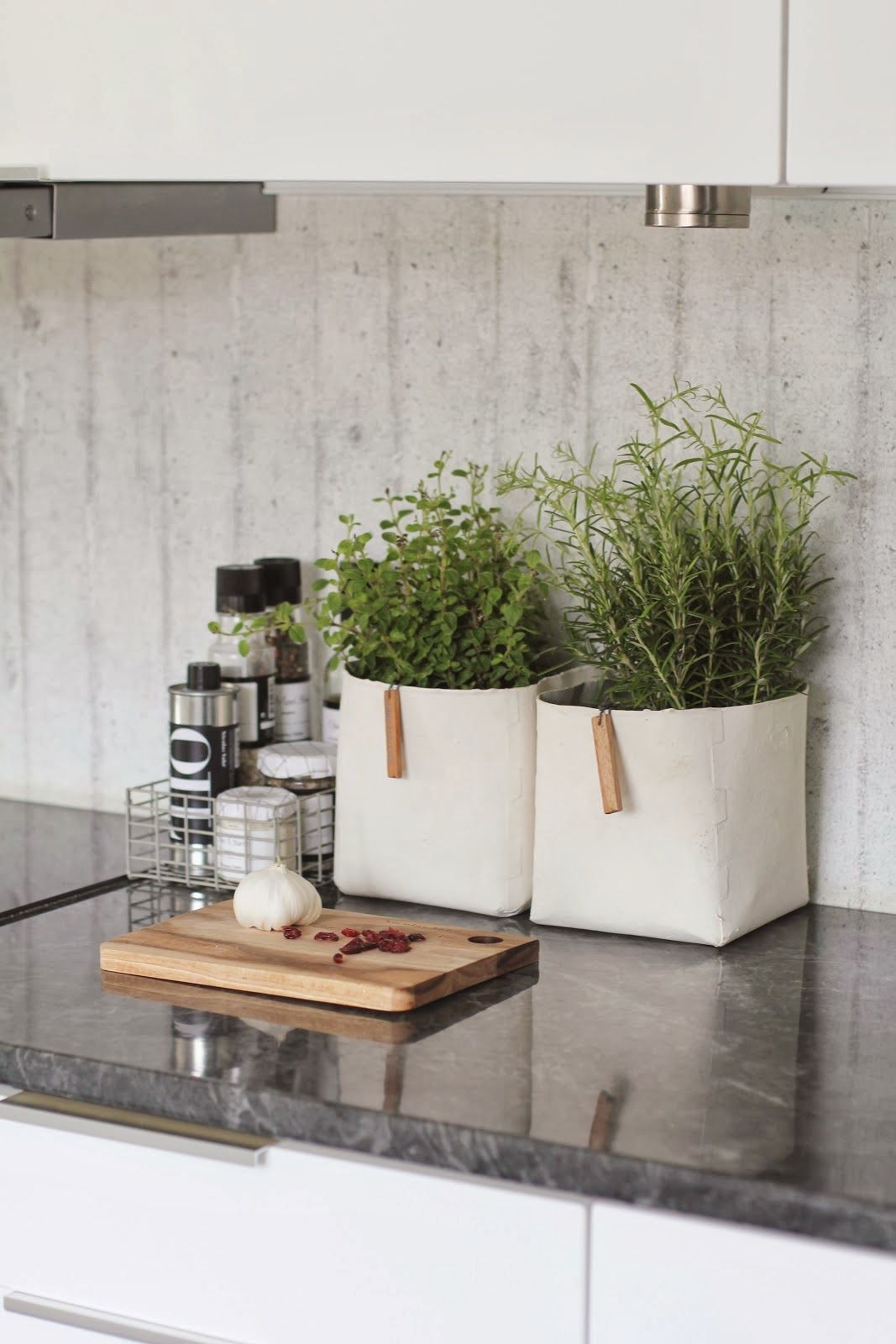 изобретательные идеи организации стола на кухне фото 1
