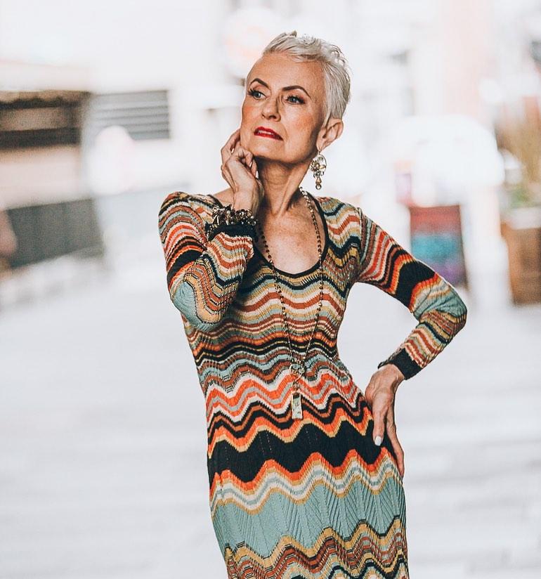 стрижки для пожилых женщин фото 12