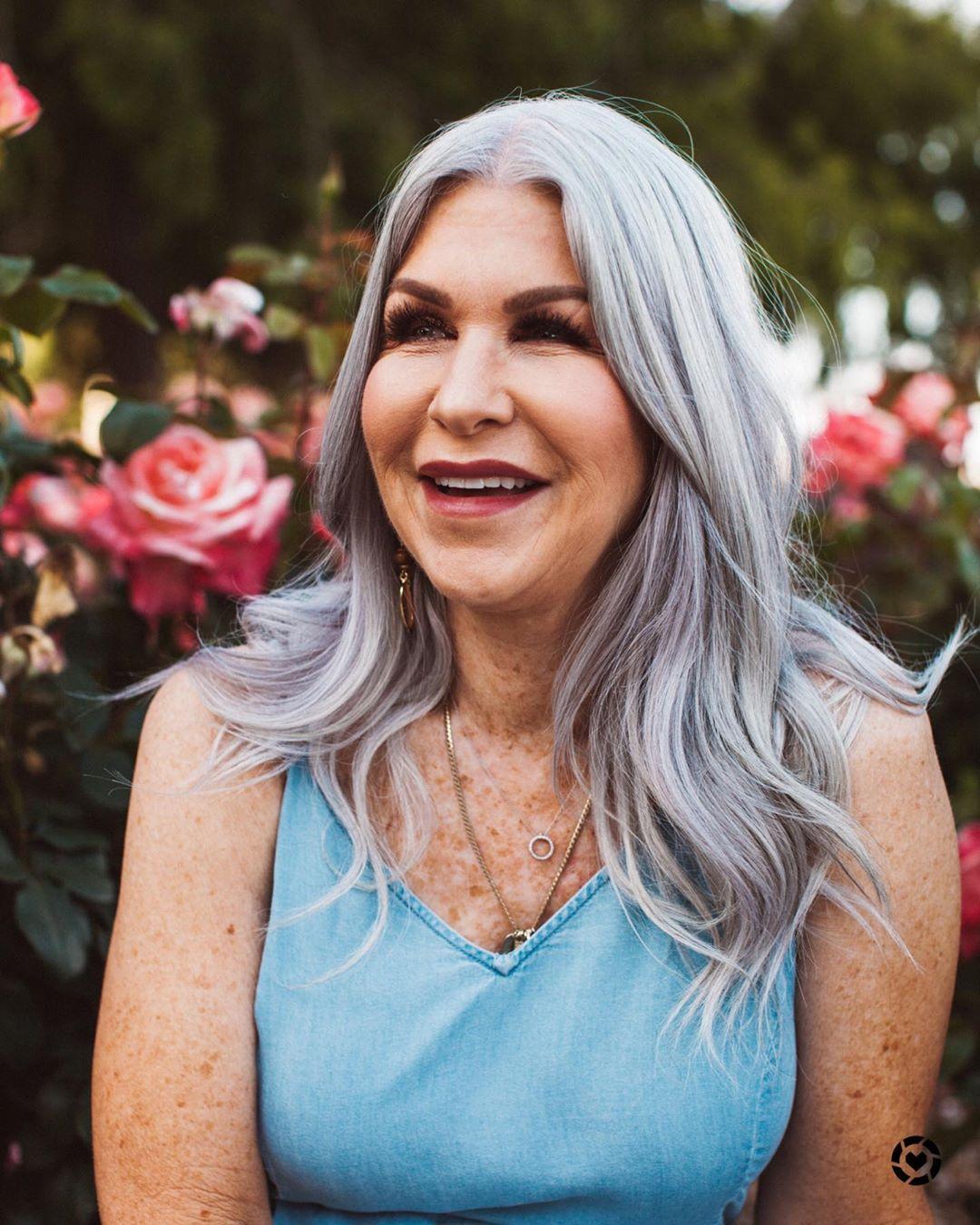 прически для женщин старше 50 лет фото 7