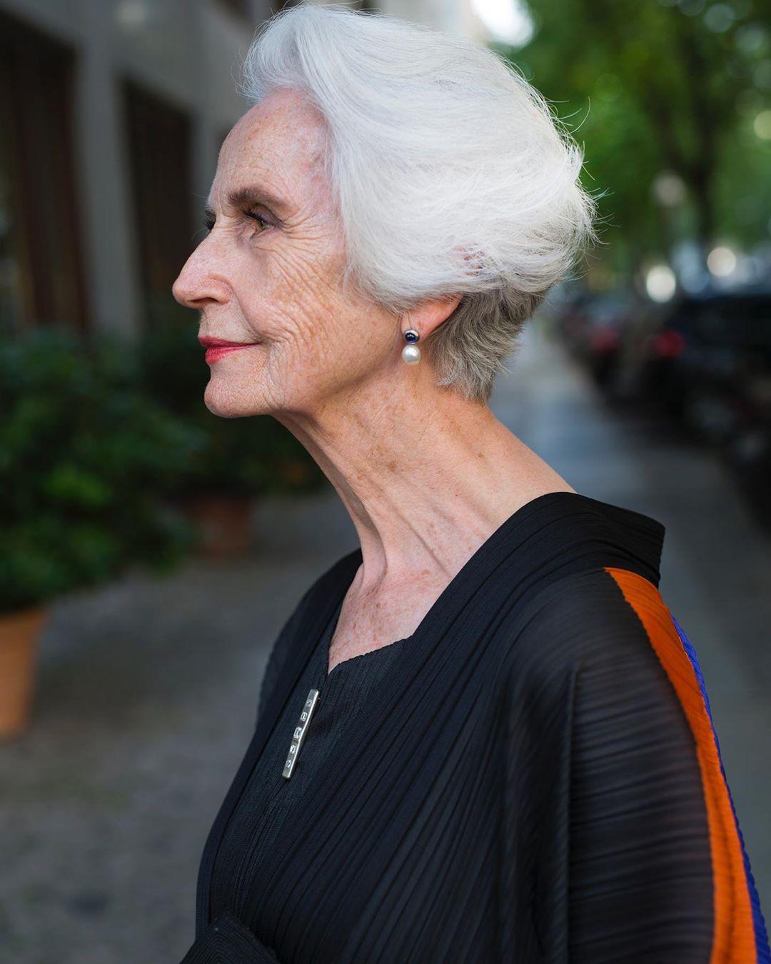 стрижки для пожилых женщин фото 6