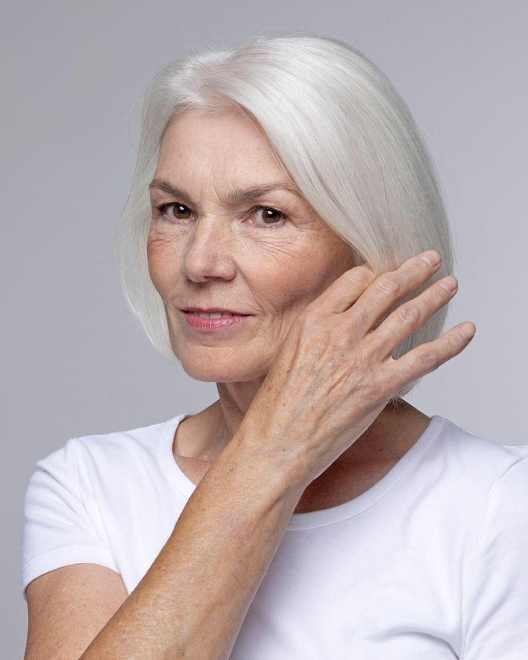 Короткие стрижки для женщин после 60 лет фото 3