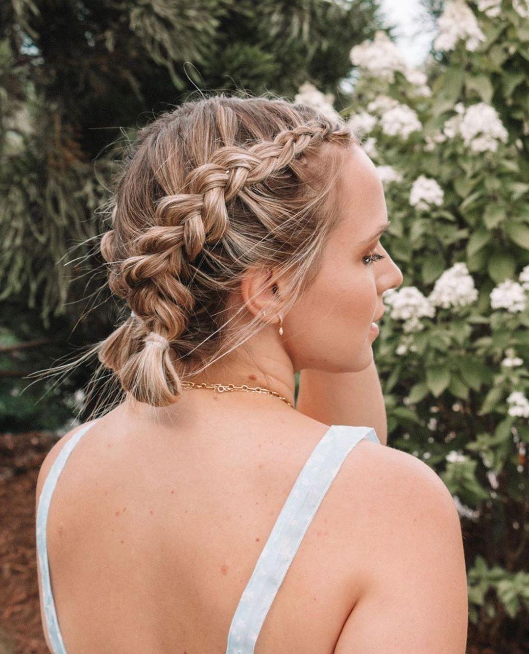 прически для волос средней длины фото 2