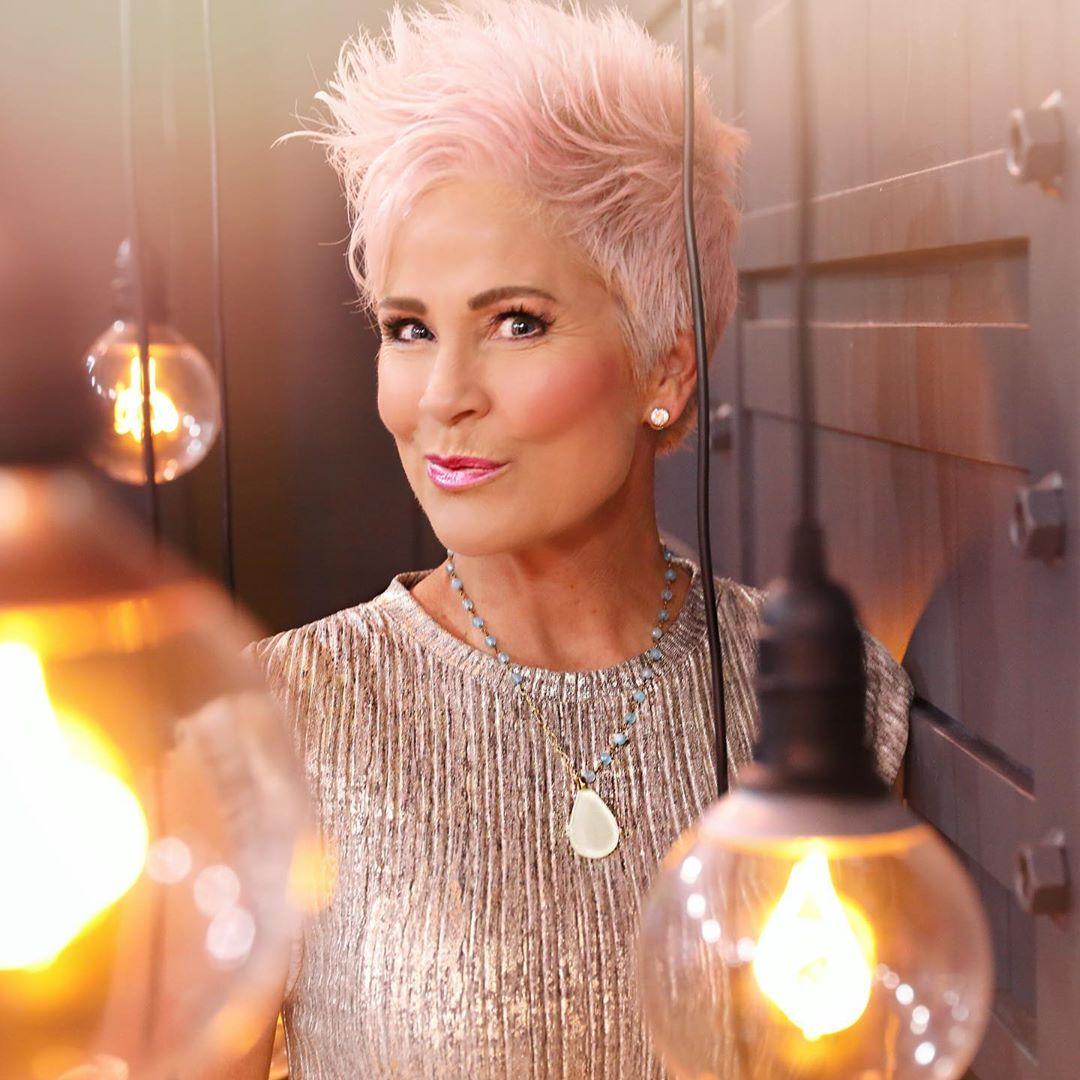 Прически для женщин старше 50 лет фото 4