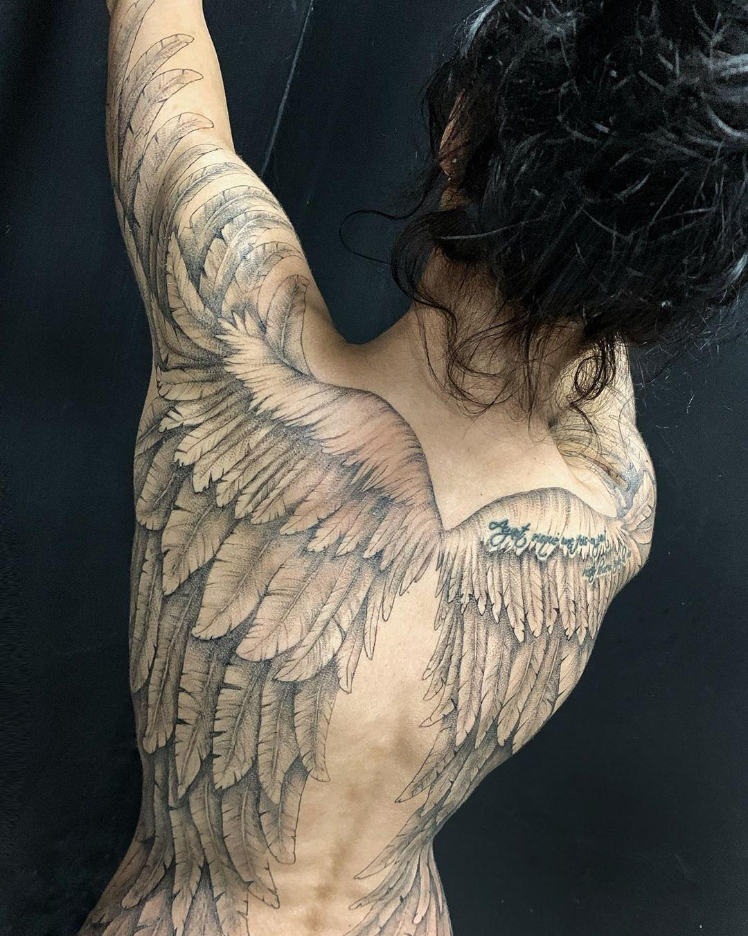 тату крылья фото 14