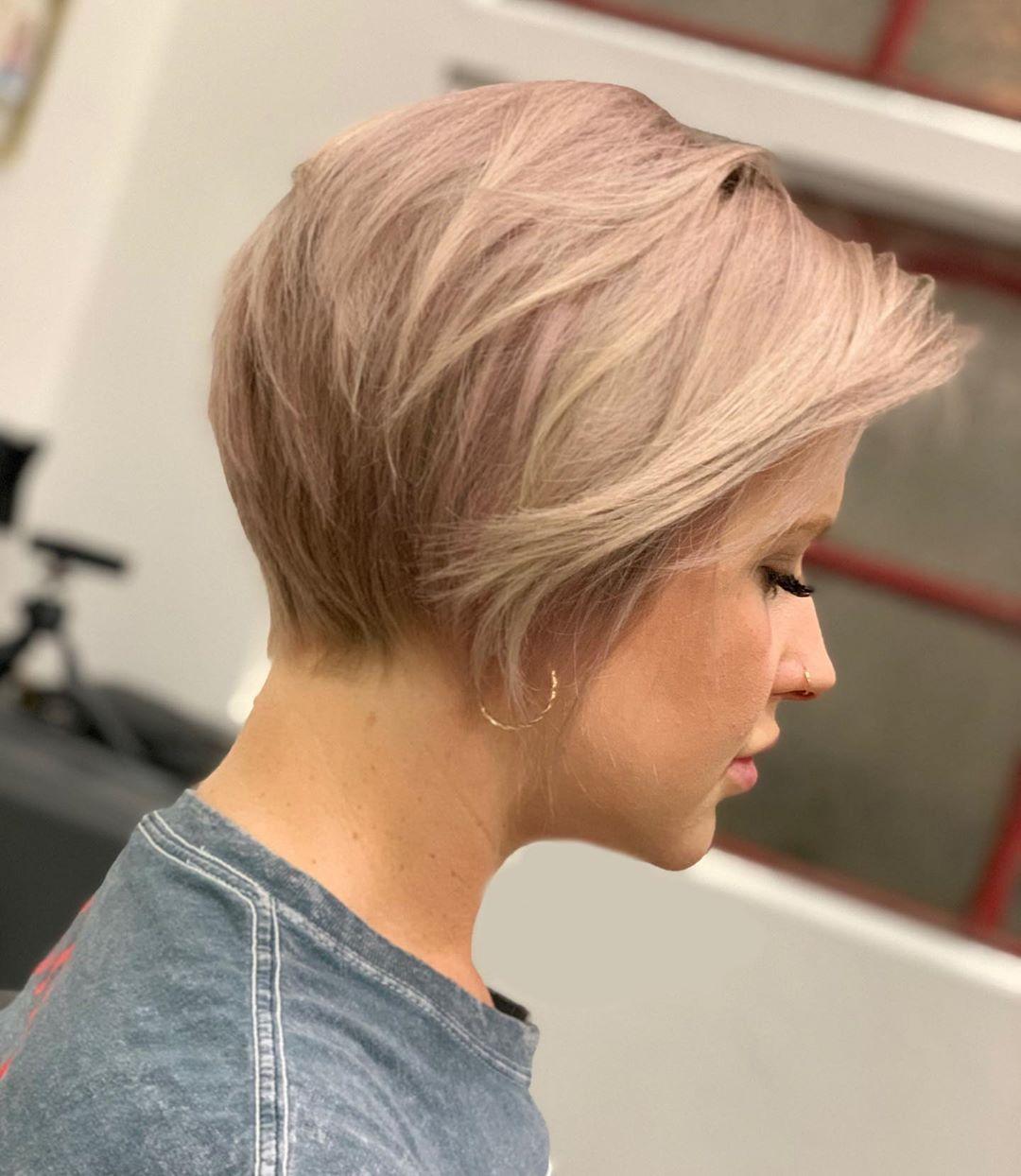 короткие стрижки для тонких волос фото 11