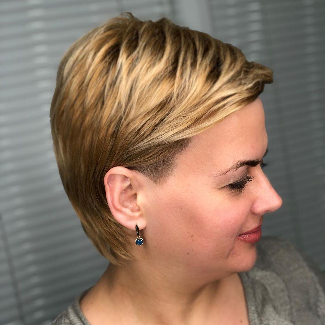 Стрижки после 40 лет на короткие волосы для полных 2020 фото 6
