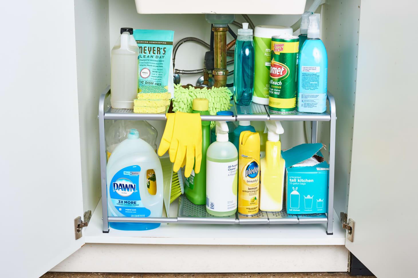 предметы, которые не нужно хранить в кухонном шкафу под раковиной фото 1