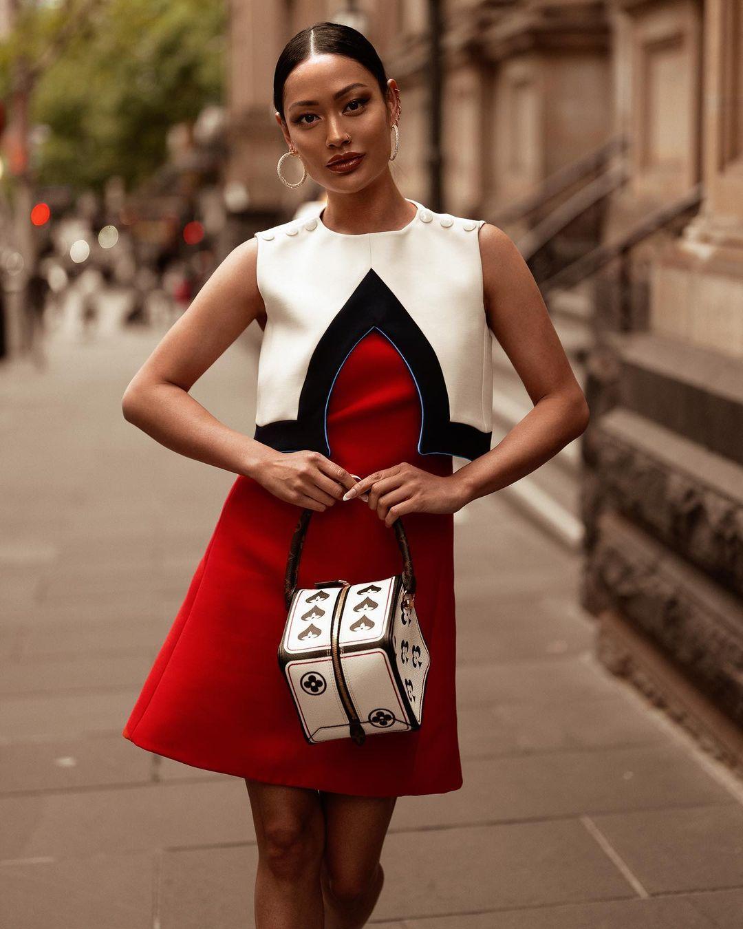 Как стильно носить платье для работы летом: 12 модных и лаконичных вариантов